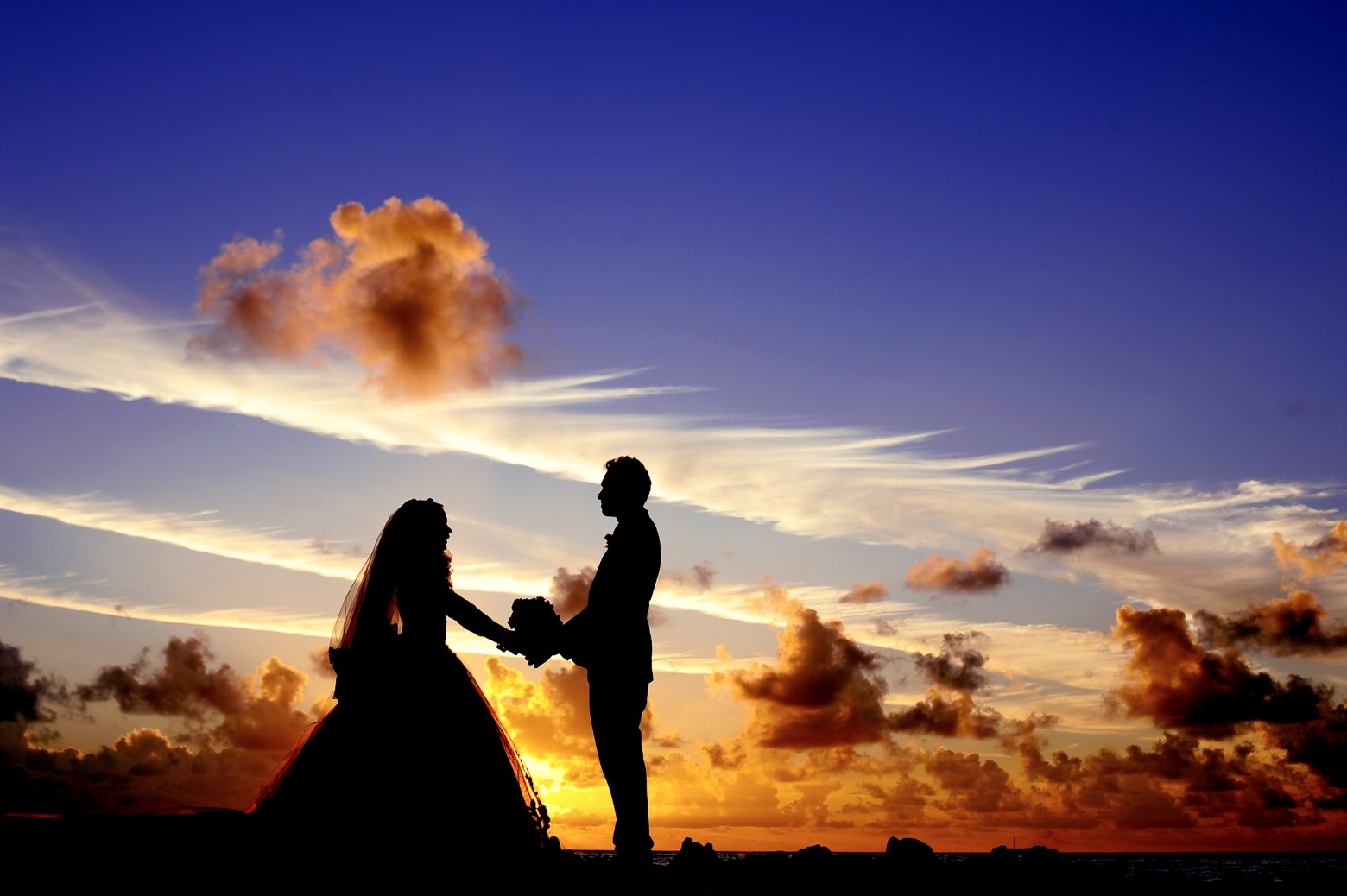 Maldives-sunset-wedding4587-1560x1038